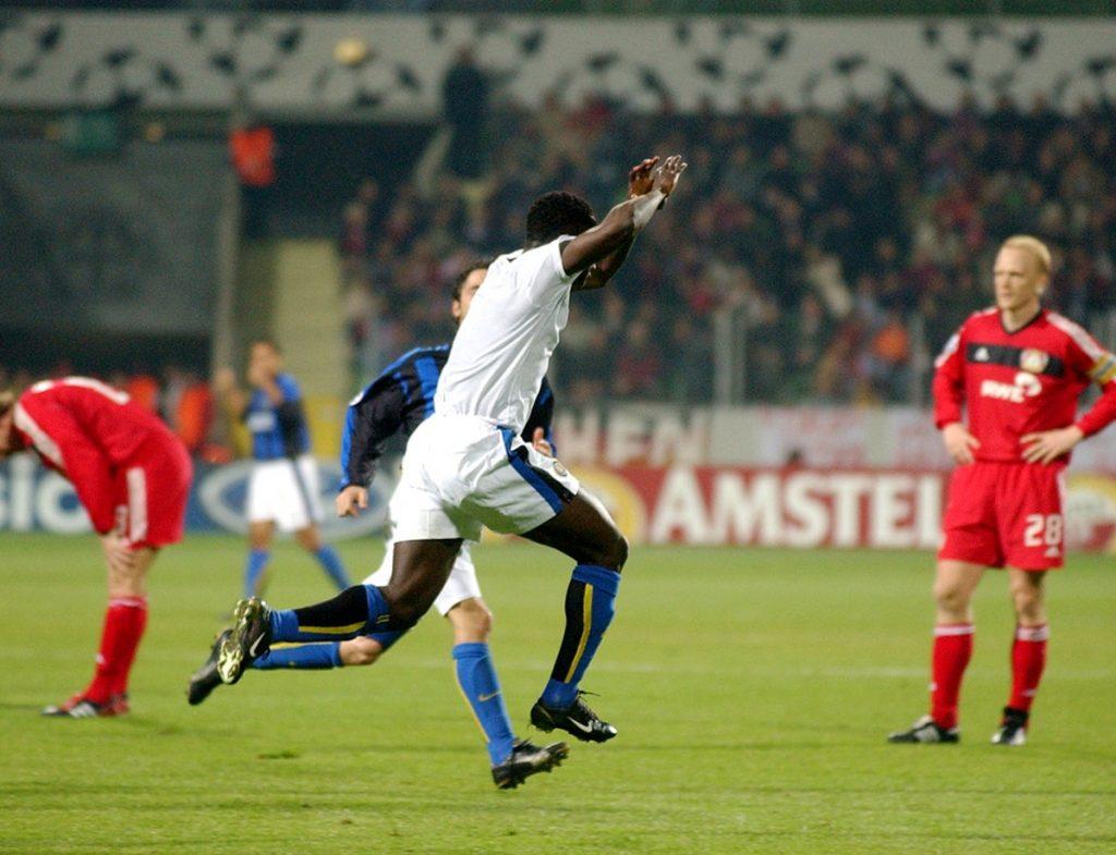 Inter vs Bayer Leverkusen prediction with analysis photo